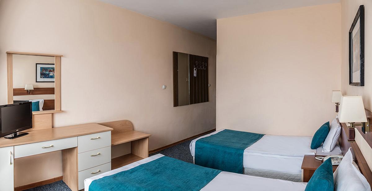 двойна стая под наем в Плевен