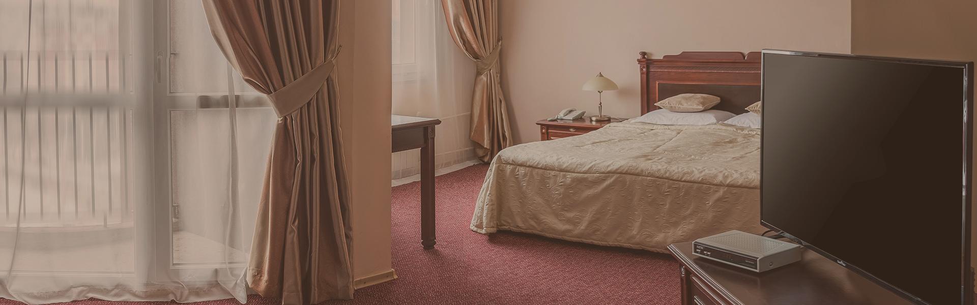 суит - хотели в Плевен
